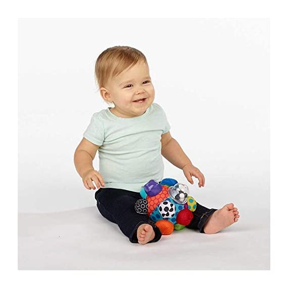 Sassy Chime & Chew Textured Ball 3 Multiple textures & materials engage baby's developing tactile sensitivity & teach baby about variety Chunky sized bumps encourage reaching, grasping, and transferring from one hand to the other Gentle rattle sounds create neural connections in babies brains from birth through 3 years