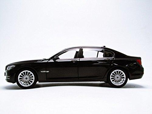 1/18 BMW 750LI F02 (ソフィストグレー) KS08784SGR