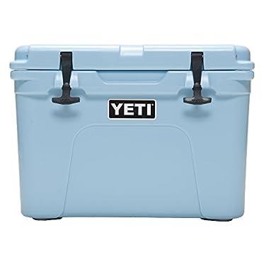 YETI Tundra 35 Cooler Ice Blue