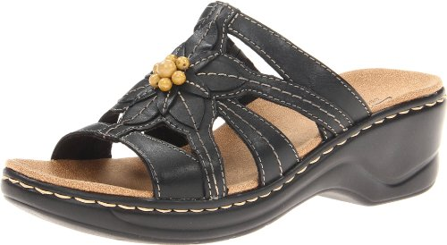 (Clarks Women's Lexi Myrtle Sandal, Black, 8.5 B - Medium)