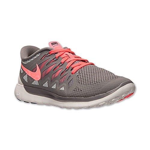 Nike Womens Free Running Shoe grey, pink