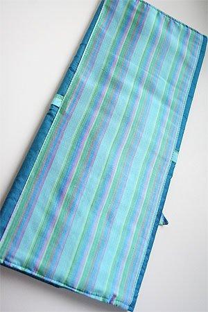 Della Q Combo Needle Case (101) (023 Ocean Stripe) ()