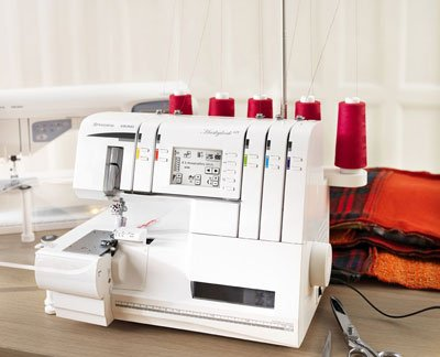 Husqvarna Viking Huskylock s25 Serger Reviews 1
