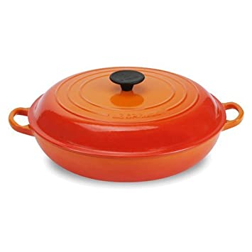 le creuset enameled cast iron 5 quart buffet casserole flame rh amazon co uk