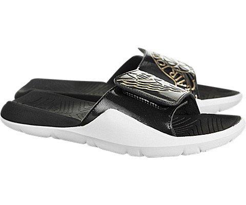 Nike Mens Jordan Hydro 7, Black/Metallic Gold-White, 7