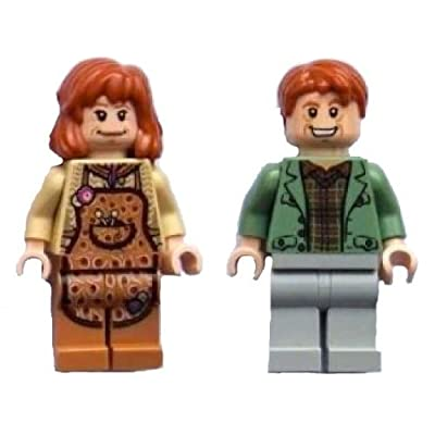 Molly and Arthur Weasley- LEGO Harry Potter Minifigures: Toys & Games