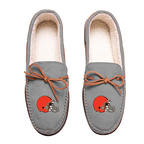 FOCO NFL Cleveland Browns Mens Team Color Big Logo Moccasin SlippersTeam Color Big Logo Moccasin Slippers, Team Color, Medium / 9-10