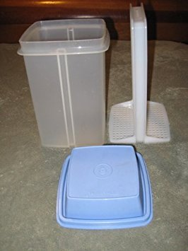 - Vintage Tupperware Large Clear w/ Blue Lid Pick-A-Deli Pickle Olive Container - 4 1/2 Inches Wide x 7 Inches High