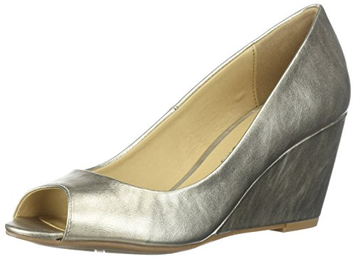 Metallic Peep Toe (CL by Chinese Laundry Women's Noreen Pump, Gold/Metallic, 11 M US)