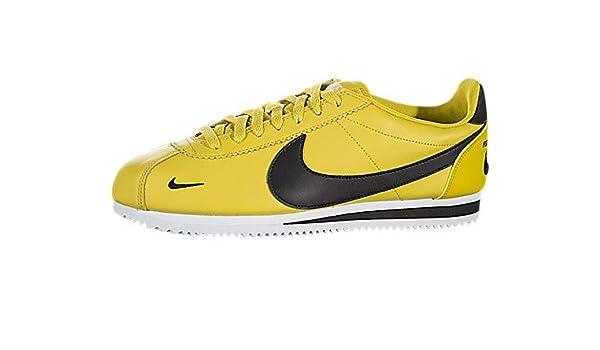 e428ca4f540 Amazon.com  Nike Classic Cortez Premium  Shoes