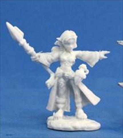 Reaper Miniatures 77031 Bones - Cassie, Gnome Wizard by Reaper