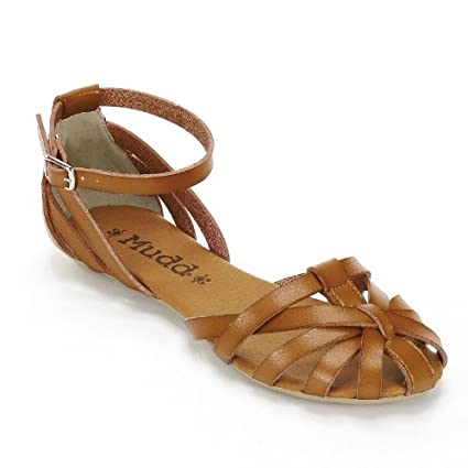 a5012e278f3 Amazon.com  Mudd Beige Khaki Fisherman Sandals - Women  Everything Else