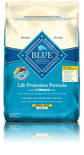 BLUE Life Protection Formula Adult Small Bite Chicken and Brown Rice  Dry Dog Food 30-lb (Buffalo Blue Small Bites)