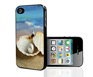 Beach Pearl in Oyster Hard Snap on Phone Case (iPhone 5/5s)