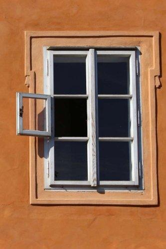 window-notebook