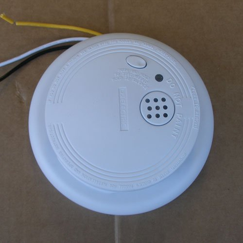 Universal Security Instruments 1204 Wire-In Smoke Alarm with Battery Backup 6 Pack