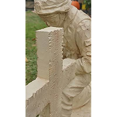PolePalUSA Kneeling USA Soldier Statue Lawn Ornament : Garden & Outdoor