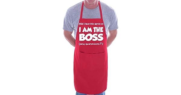 Amazon.com: Print4U I Am The Boss gracioso BBQ Cocina ...