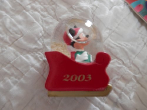 jc-penneys-2003-mickey-mouse-water-globe-mickey-in-sled-water-globe