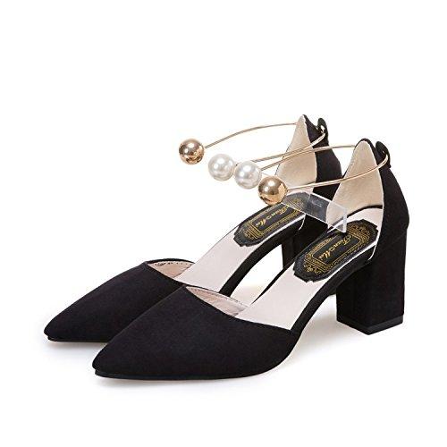Grueso talón zapatos de tacón alto con zapatos de piel con un par de zapatos de tacón alto Thirty-seven