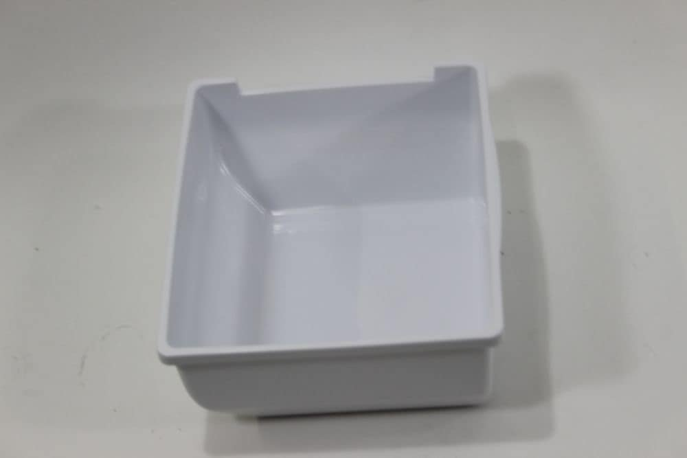 Samsung DA61-05187A Refrigerator Ice Bin Genuine Original Equipment Manufacturer (OEM) Part White