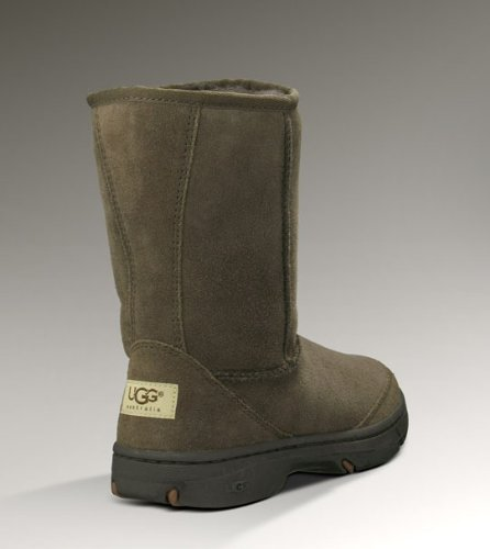 UGG Women's Ultimate Short Boot Chocolate Size 6 B(M) US (Ultimate Short Boots)