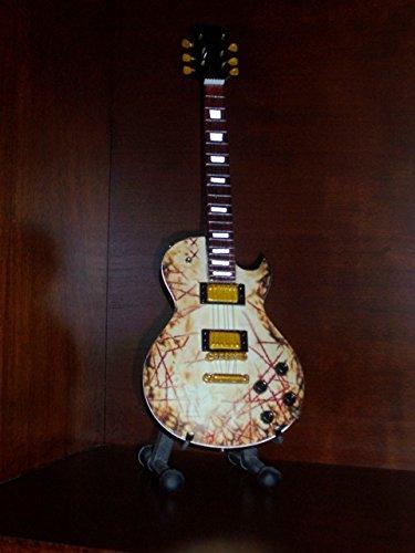 Mini Guitarra RAMMSTEIN RICHARD KRUSPE Figurilla Presente: Amazon.es: Hogar
