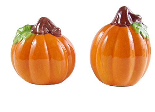 Cheap Halloween Scene Setters (Fall Harvest Salt and Pepper Shaker Set (Pumpkin))