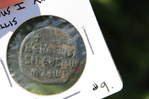 Byzantine bronze coin AE follis 40 numm, Romanus I 920-944 AD, Byzantium