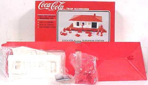 K-Line K40311 Coca-Cola Railroad Station Kit ()