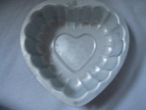 Wilton Collectible Fancy Heart Single Cake Pan or Mold