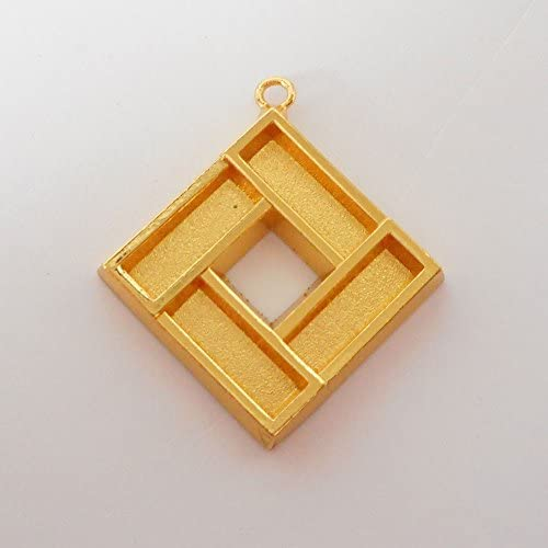 SHAREKI キラキラ アクセサリー パーツ バチカン角 ペンダントフレーム スクエア (四角形) ゴールド squ-pen-