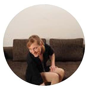 alfombrilla de ratón Mujer con las piernas largas en un sofá - ronda - 20cm