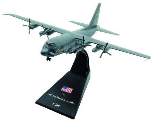 Lockheed AC-130 diecast 1:200 model (Amercom LB-17) - Diecast Model