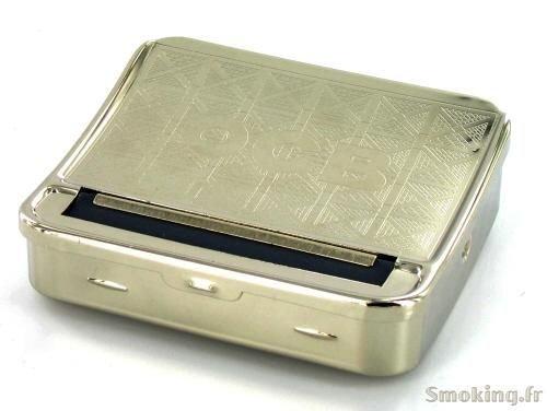 OCB Zigarettendrehmaschine und Tabaktasche