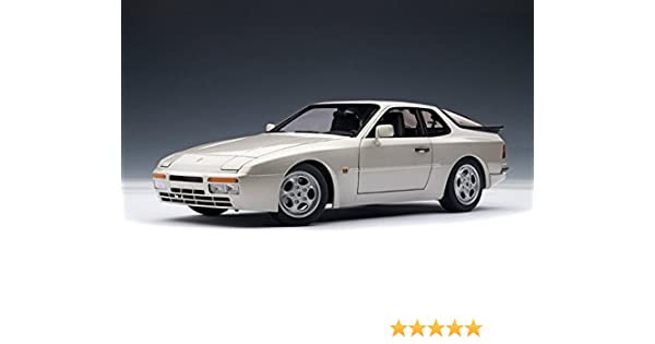Amazon.com: 1985 Porsche 944 Turbo Crystal Silver Metallic 1/18 Autoart: Toys & Games