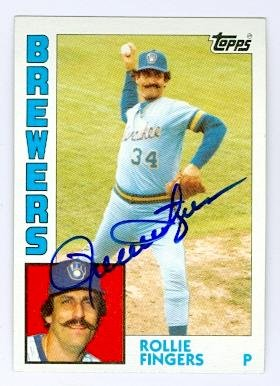 (Rollie Fingers autographed baseball card (Milwaukee Brewers) 1984 Topps #495)
