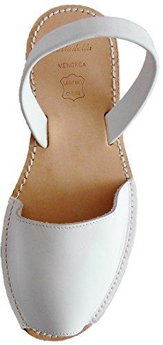 Menorquin avarcas with wedge / platform of 2.5 cm BEIGE. Menorcan sandals, avarcas menorquinas, leather, abarcas Blanco box plataforma beige