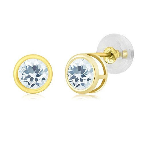 0.44 Ct Round 4mm Sky Blue Aquamarine 14K Yellow Gold Stud Earrings (14k Yellow Marine Gold)