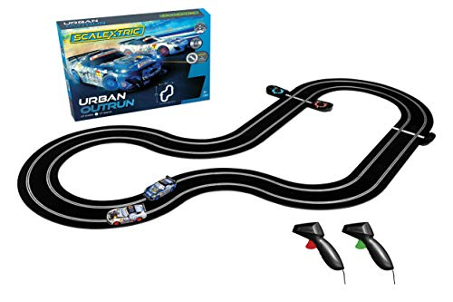 Scalextric Urban Outrun Slot Car Race Set (Spartans Vs Zombies)