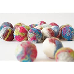 Cat and dog interactive toy. Wool ball. Handmade. 20 pieces. Natural sheep wool. Soft and light.