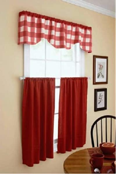 Amazon Com Domestic Home Farm Red Off White Modern Country Farmhouse Gingham Buffalo Checks Reversible Kitchen Curtains Set Tiers Valance
