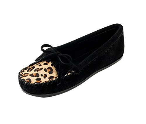 Minnetonka Womens Leopard Kilty Mocassino Nero