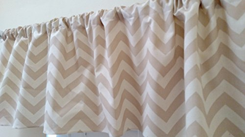 beige-and-natural-chevron-valance-curtain-zig-zag-light-colors-window-treatment