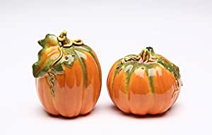 Orange Pumpkin Shape Design Salt and Pepper Shaker Collectible