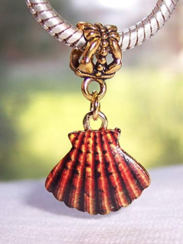 Brown Orange Scallop Shell Seashell Beach Gold Dangle Charm for Euro Bracelets Crafting Key Chain Bracelet Necklace Jewelry Accessories Pendants