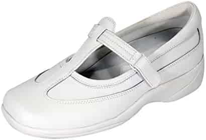 1bafd2283873 24 Hour Comfort Liz (2008) Women Extra Wide Width Leather T-Strap Mary