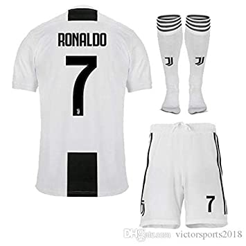 maillot Ronaldo n°7 Juventus - T10 Ans   140 cm Environ modèle Générique + 031e3fbe1f0a