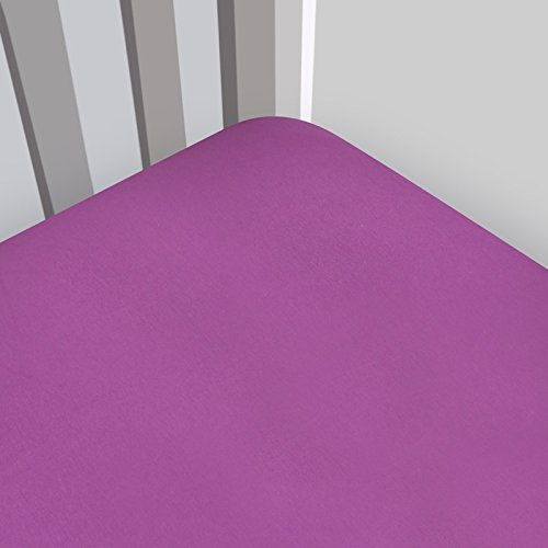 (Magnolia Organics Fitted Interlock Crib Sheet - Standard, Plum)