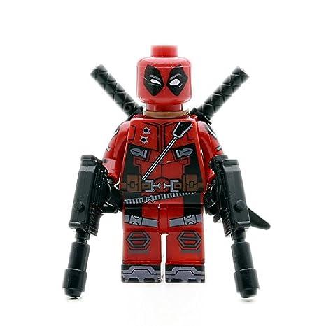 Deadpool Mini Figura Llavero Con Armas De Fuego Y Espadas ...